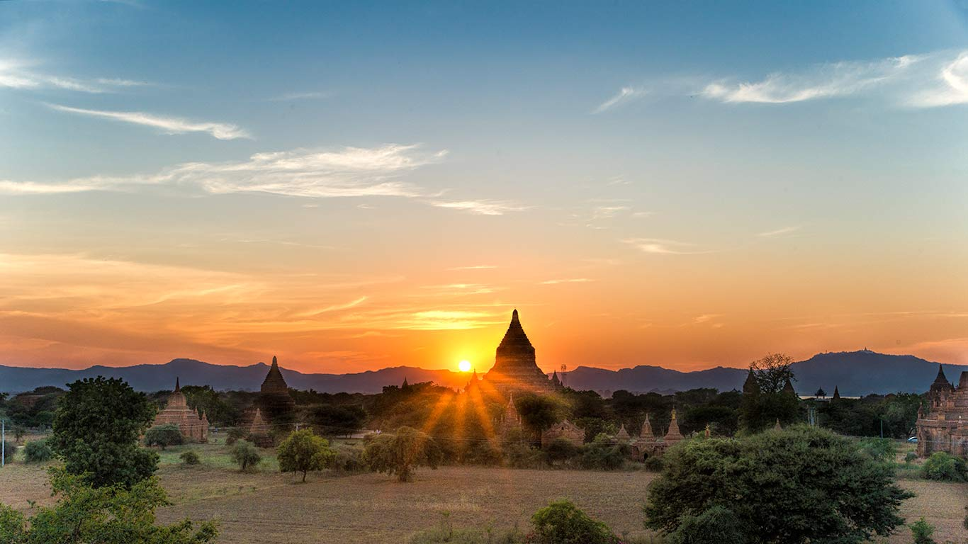 Myanmar, Bagan, Sunrise